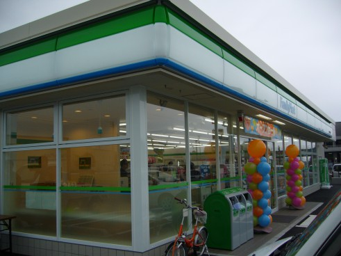 ファミリーマート小郡前田店新築電気工事の画像3
